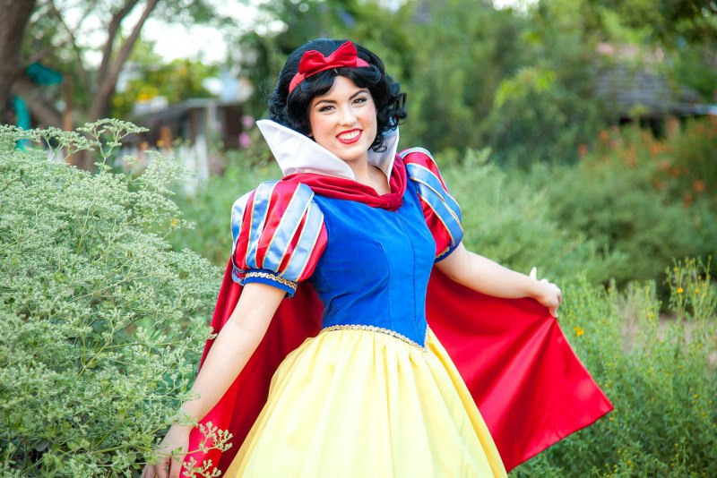 Snow White disney princess kids party entertainment