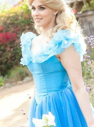 Princess Ella children's party entertainment. Kids parties in Orange County