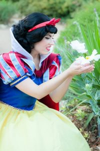 Invite Snow White to your party. Princess parties in OC