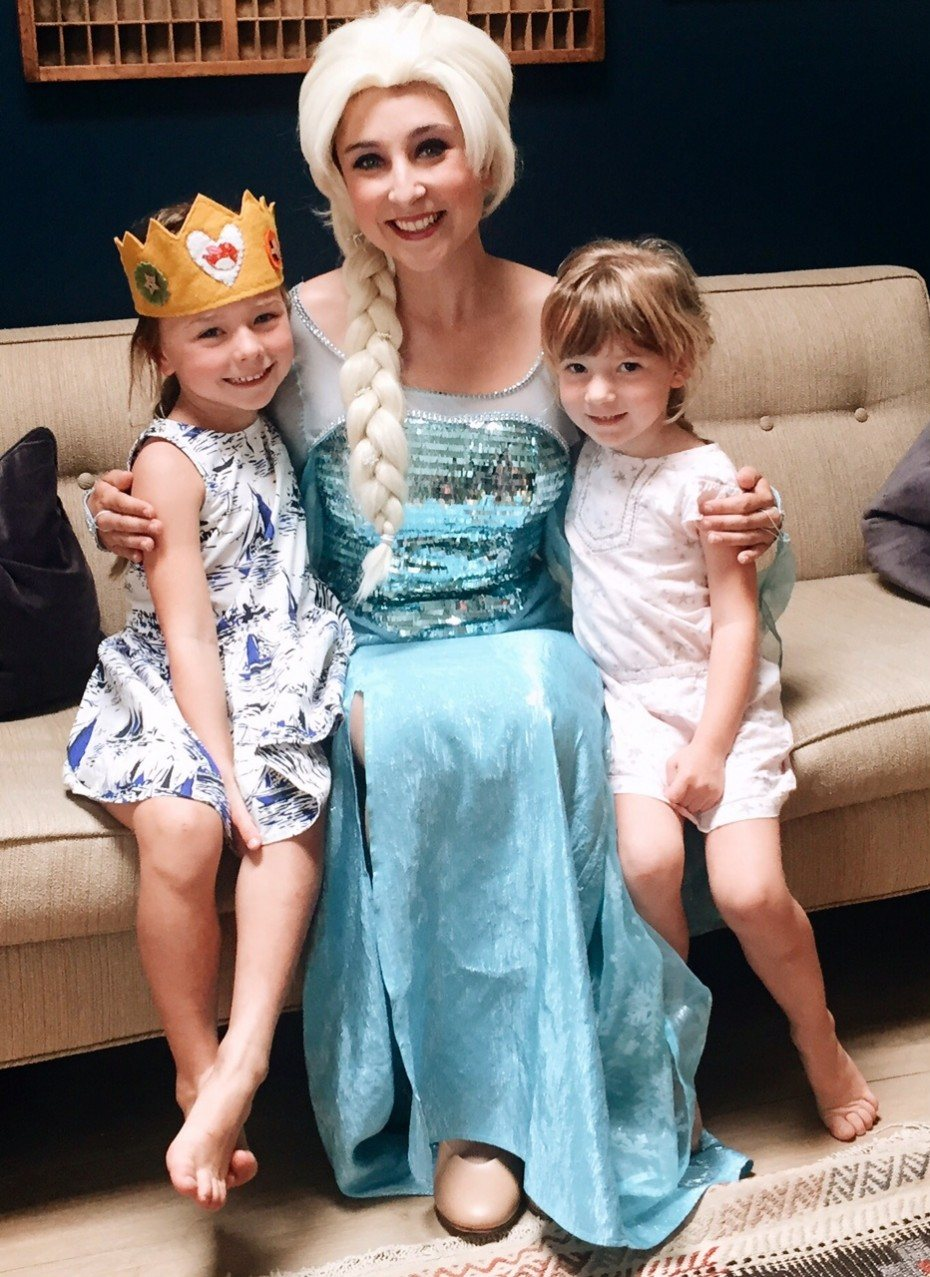 Queen Elsa at a kids party in Irvine